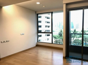 Luxury condo for sale at Sukhumvit 24, 1 bedroom 38.18 sqm. close to Prompong BTS